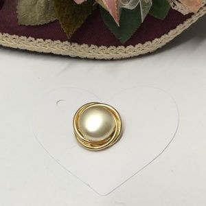 Coro Jewelry - Vintage Signed Coro Pearl Brooch